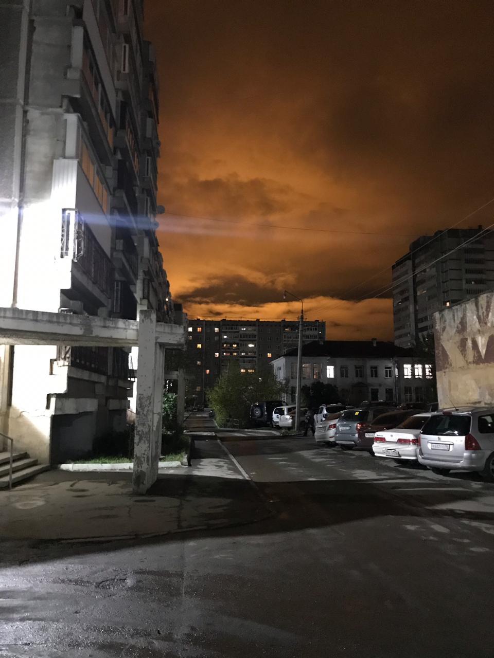Как будто конец света или прилетел НЛО: любуемся магическим небом рядом с Екатеринбургом