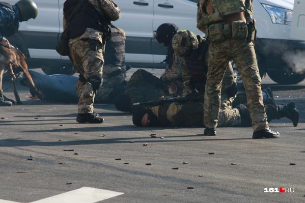 На Дону прошла спецоперация по задержанию банды мошенников