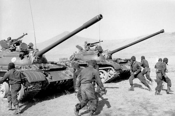 На этой войне погибли тысячи советских людей