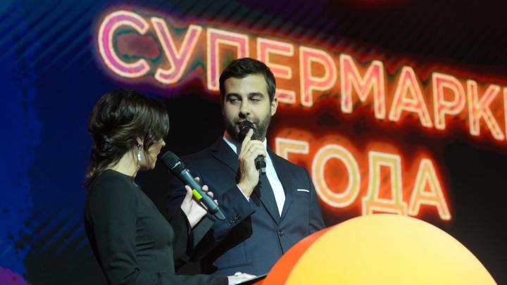 Лучшие моменты церемонии вручения Народной премии Е1.RU покажут в эфире двух городских телеканалов