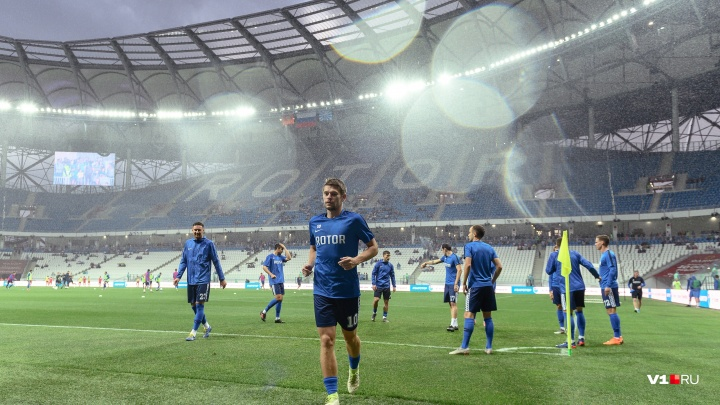 «Хотел обыграть бывшую команду»: волгоградский «Ротор» на последних минутах победил «Текстильщик»