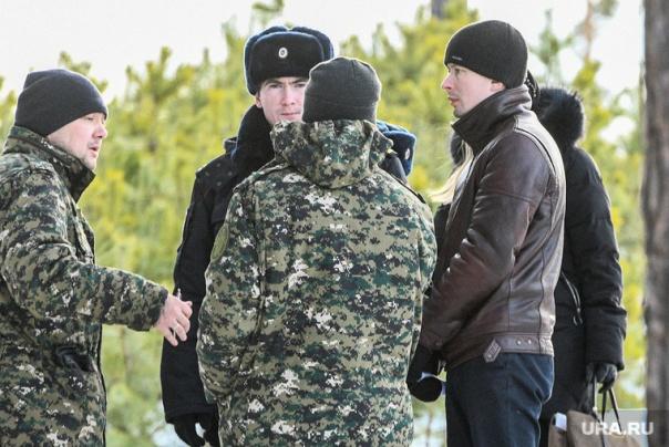 Алексей Александров во время следственного эксперимента