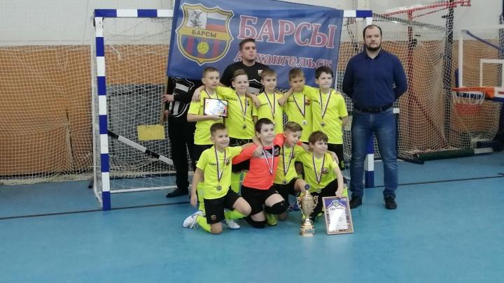 Архангельские «Барсы» победили на Кубке по мини-футболу в Ростове