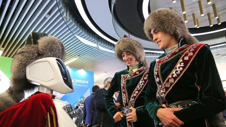 Золото сарматов, робот-башкир и праздничный концерт: как в Уфе отпраздновали столетие республики