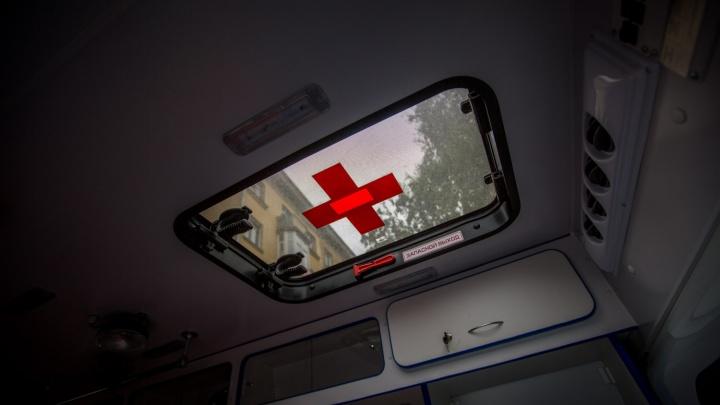 Подробности ДТП со скорой на Красном проспекте: медики везли в больницу 13-летнего подростка