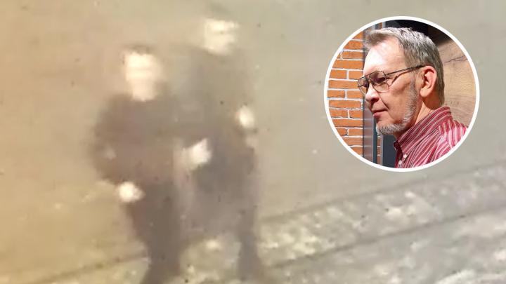 «На голове прямо прыгали, плюсом инсульт»: в центре Екатеринбурга ночью избили пожилого архитектора