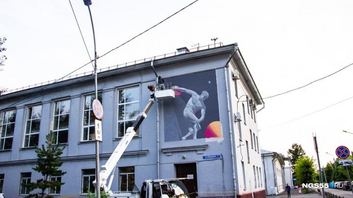 На последних граффити от «Стенограффии» изобразят античные статуи