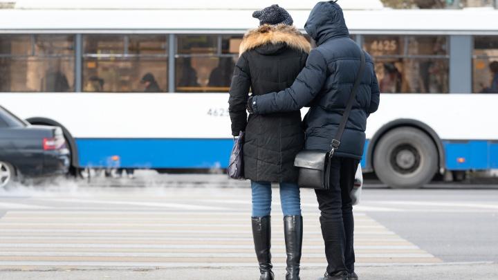 Мороз без солнца: смотрим фотографии с продрогших улиц Волгограда