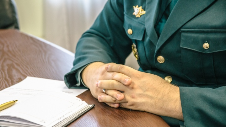 Самарский таможенник отказался от взятки в 100 тысяч рублей