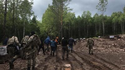 В Башкирии накрыли нелегальных добытчиков природных ресурсов — рабочих из Средней Азии
