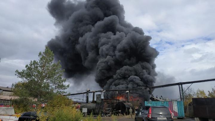 Экологи отчитались о загрязнении воздуха после пожара на асфальтобетонном заводе