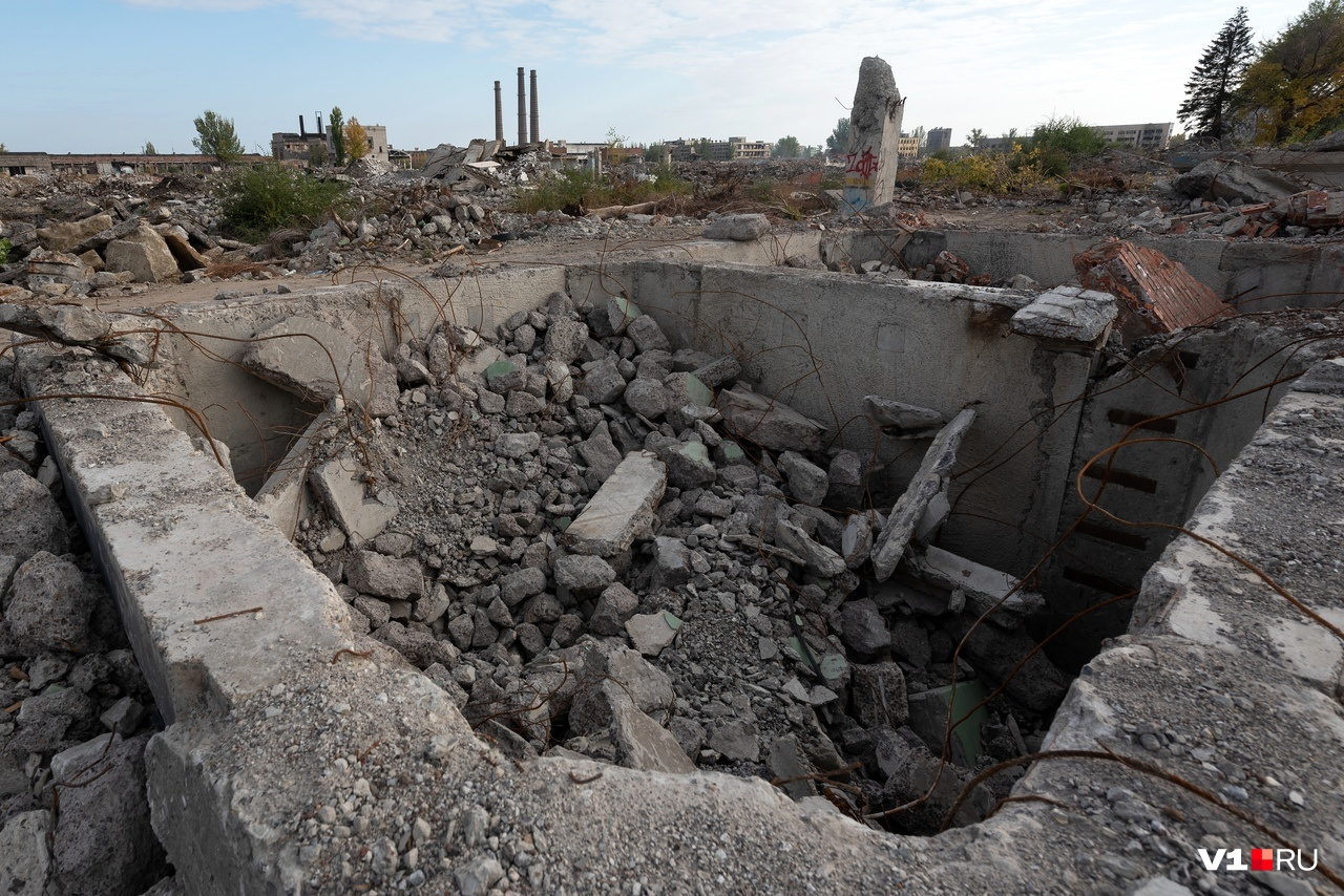 Сейчас посчитать количество снесённых построек и зданий уже нереально