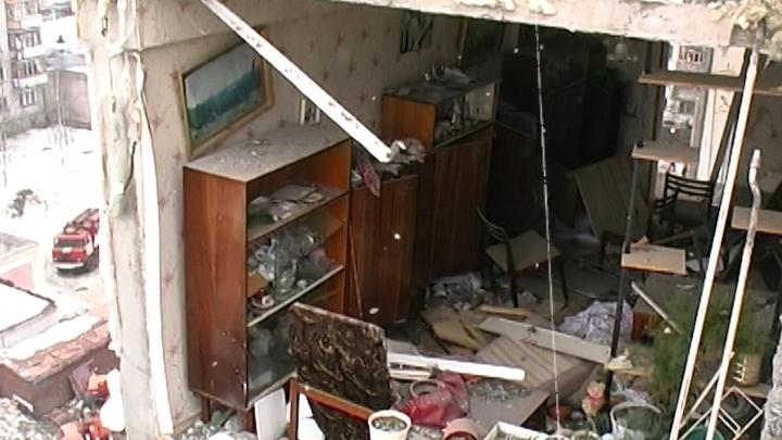 «Выбежал в ларёк, вернулся — нет подъезда»: сегодня Шахты и Магнитогорск, 15 лет назад — Архангельск