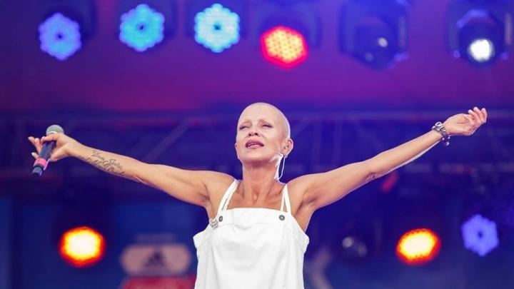 Вокалистка группы Total пообещала на фан-фесте петь до 85 лет