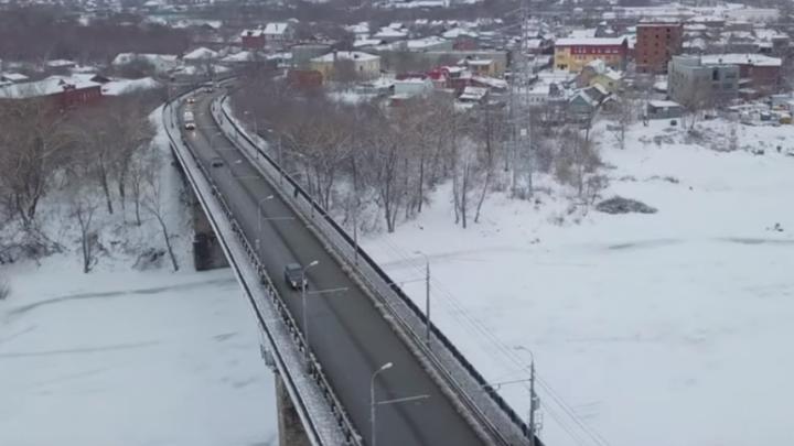 «Пробки нет»: Фрунзенский мост сняли на видео с высоты в первый рабочий день