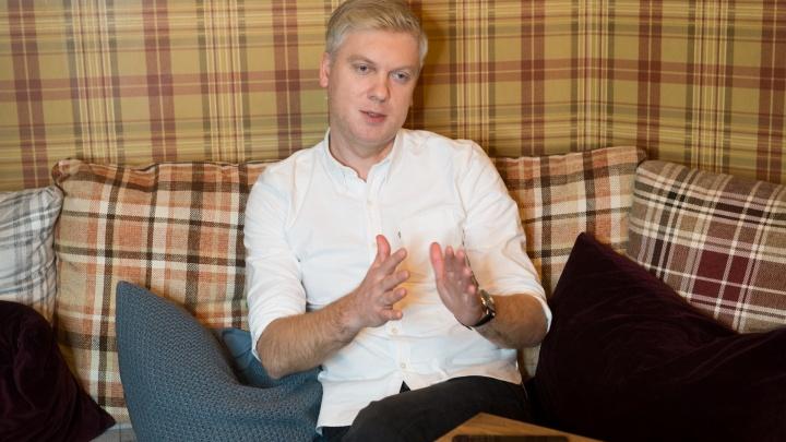 «Денег у людей стало меньше»: Сергей Светлаков — о том, что происходит в его уральском ресторане