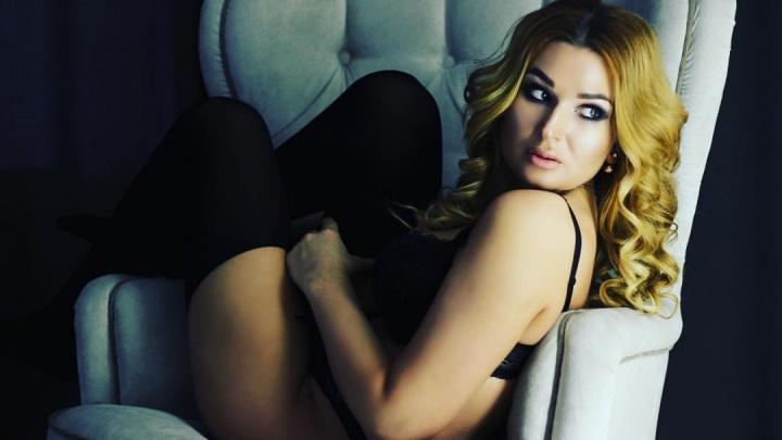 Смелая поэтесса из Красноярска стала претенденткой на обложку журнала Maxim