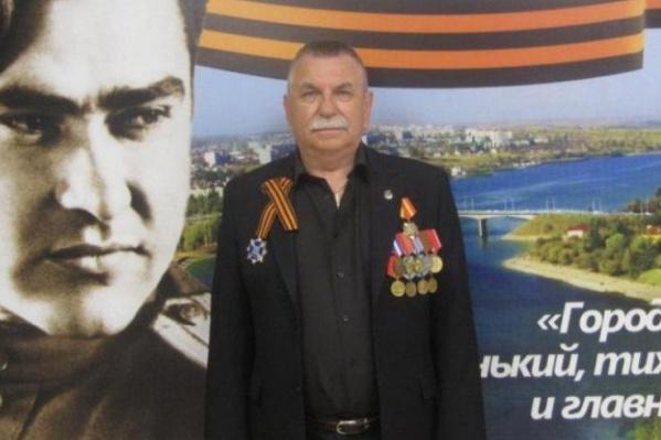 61-летний Александр Удодов увековечивает память погибших за отчизну земляков