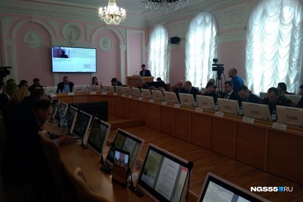 Депутаты омского горсовета попросили мэрию отчитаться о борьбе с атмосферными выбросами. Результат получился не слишком ободряющим