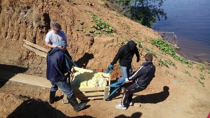 Огромный бивень и кости первобытного бизона: в Прикамье завершились раскопки трогонтериевого слона