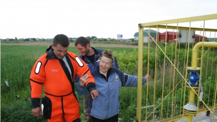 Бабушку спасли из грибного болота в Зауралье