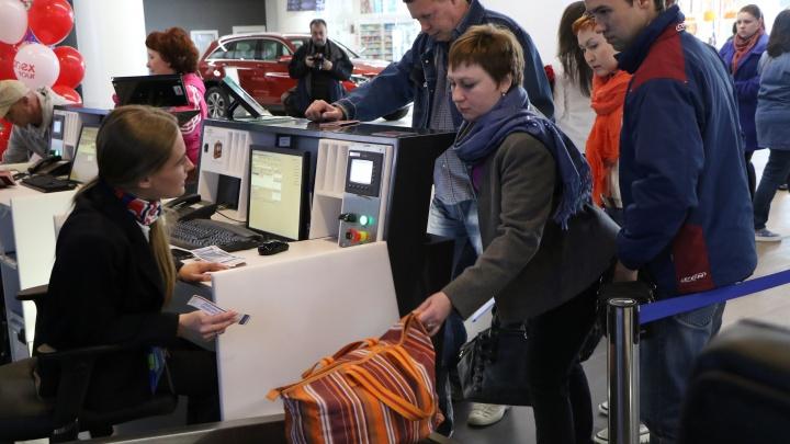 Больше не нужно тащить с собой шубу в Таиланд: в нижегородском аэропорту открыли гардероб