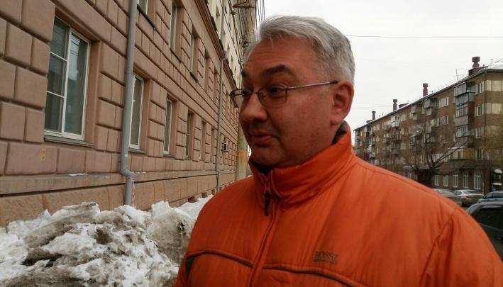 Суд отказал в восстановлении в должности уволенному со скандалом главврачу челябинской стоматологии