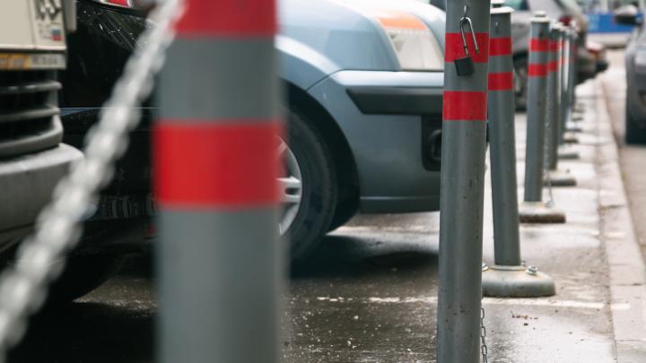 Из схемы платных парковок в Самаре исключат улицы с трамвайными путями