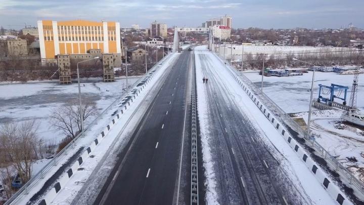 Стала известна дата запуска движения по Фрунзенскому мосту