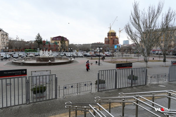 Анатолий Мальченко: «Человек приезжает в Волгоград, выходит из здания железнодорожного вокзала, и первое, что он видит перед собой — это его самые сильные впечатления о нашем городе»