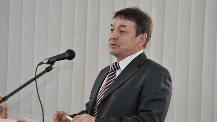 Бывшему проректору вуза в Челябинской области дали восемь лет условно за взятки