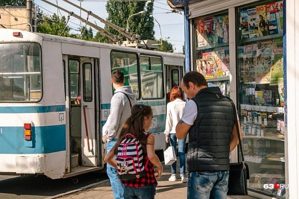 Троллейбусы на Чапаевской и Некрасовской пока можно не ждать