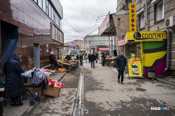 В России около 180 тысяч нестационарных торговых объектов круглогодичного размещения и около 60 тысяч сезонных