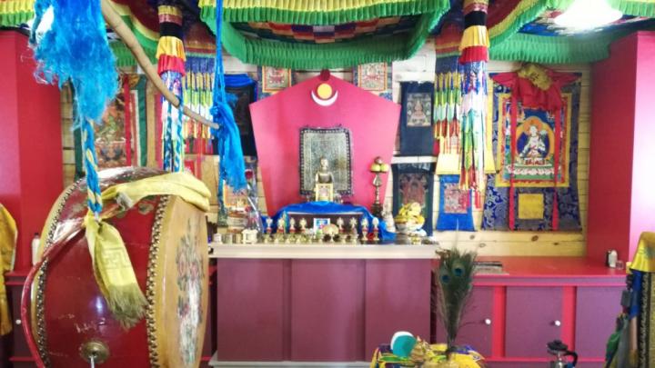 Новосибирские буддисты собрались на молебен в честь Нового года