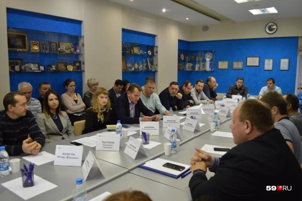 Представители городской власти и перевозчики планируют согласовать проект контракта до 15 ноября