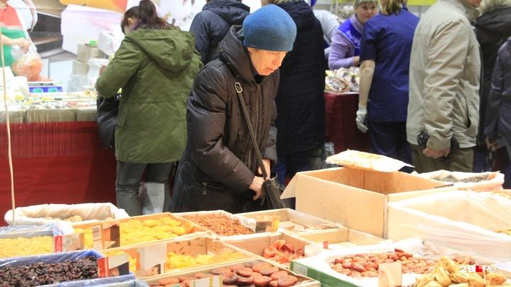 «Как в магазине, только цены выше»: покупатели Маргаритинки — о месте, ценах и качестве товара