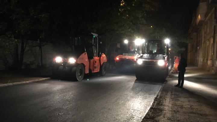 2,5 метра асфальта в минуту: в Самаре завершают ремонт улицы Краснодонской