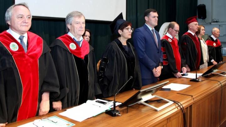 Светила российской и зарубежной медицины собрались на совещание в Волгограде