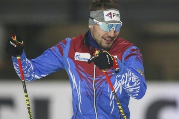Купить экипировку Антона Шипулина от лыж до повязки сможет любой желающий