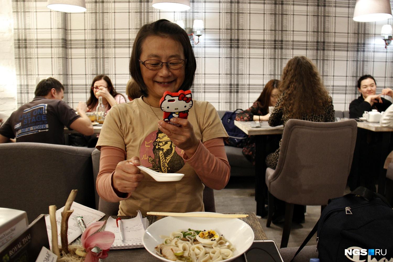 На японское блюдо здешний суп с лапшой был не похож, но вкус показался интересным
