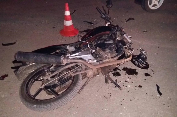 Мотоцикл лишился колеса из-за ДТП