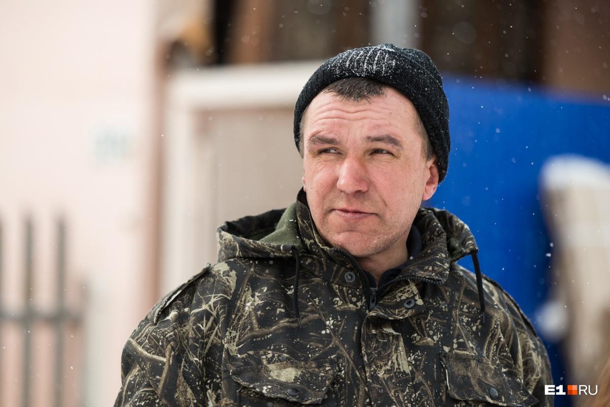 Брат гончара Сергея Масликова Алексей Ткачев примчался сразу, как только узнал, что нужна помощь