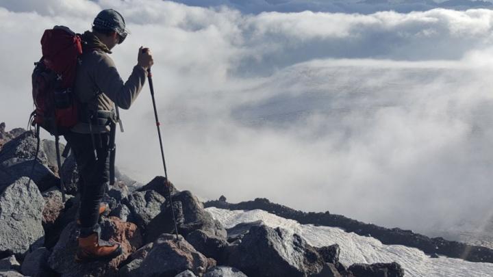 Волгоградский альпинист пропал на вершине Эльбруса