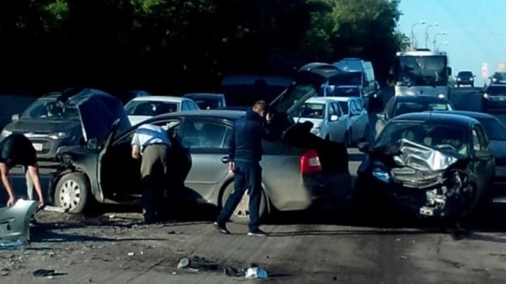 В Уфе из-за двух аварий парализовано движение в северной части города