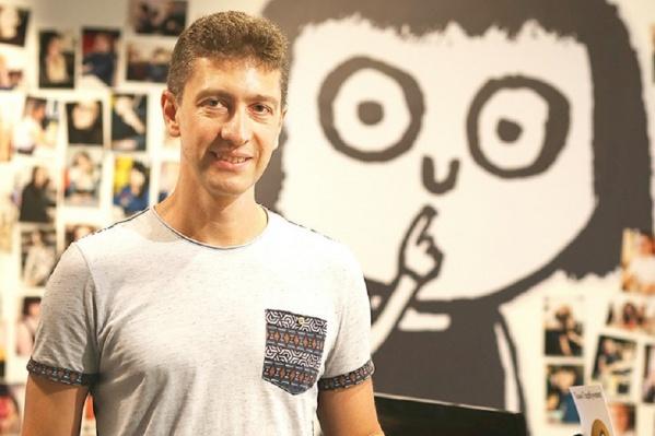 Сергей Герштейн в 1995 году начал создавать ресурс, который в будущем стал E1.RU