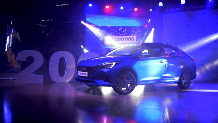 Hyundai начал выпуск обновленного Solaris. У него появился «Яндекс.Навигатор» с управлением голосом