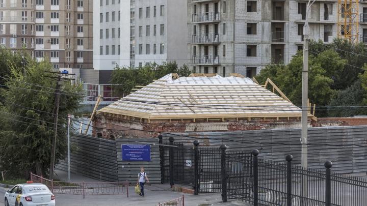 В центре Волгограда отреставрируют дом-памятник напротив железнодорожного вокзала