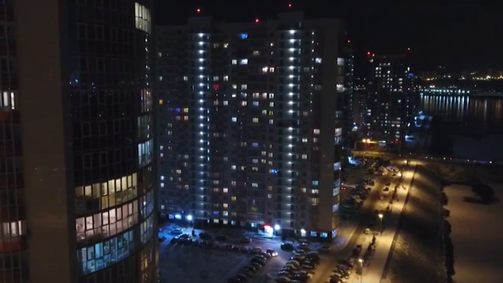 Сверху виднее: красноярец снял завораживающее видео ночного правого берега