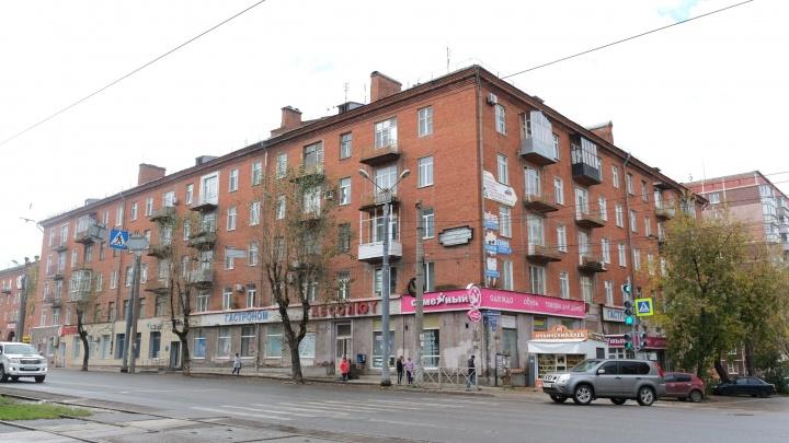 В Перми затопило подвал в доме на улице Куйбышева, где четыре года назад обрушился подъезд
