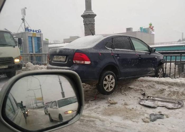 Инцидент произошёл на Коммунальном мосту